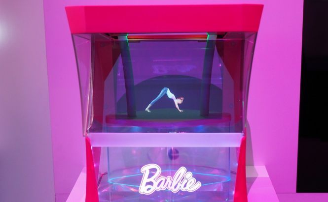 Barbie hologram dancing
